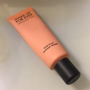 Make Up For Ever Bass Eclat Radiant Primer - PEACH